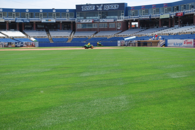 The Science Behind Holganix: Creating Amazing Fields and Turf